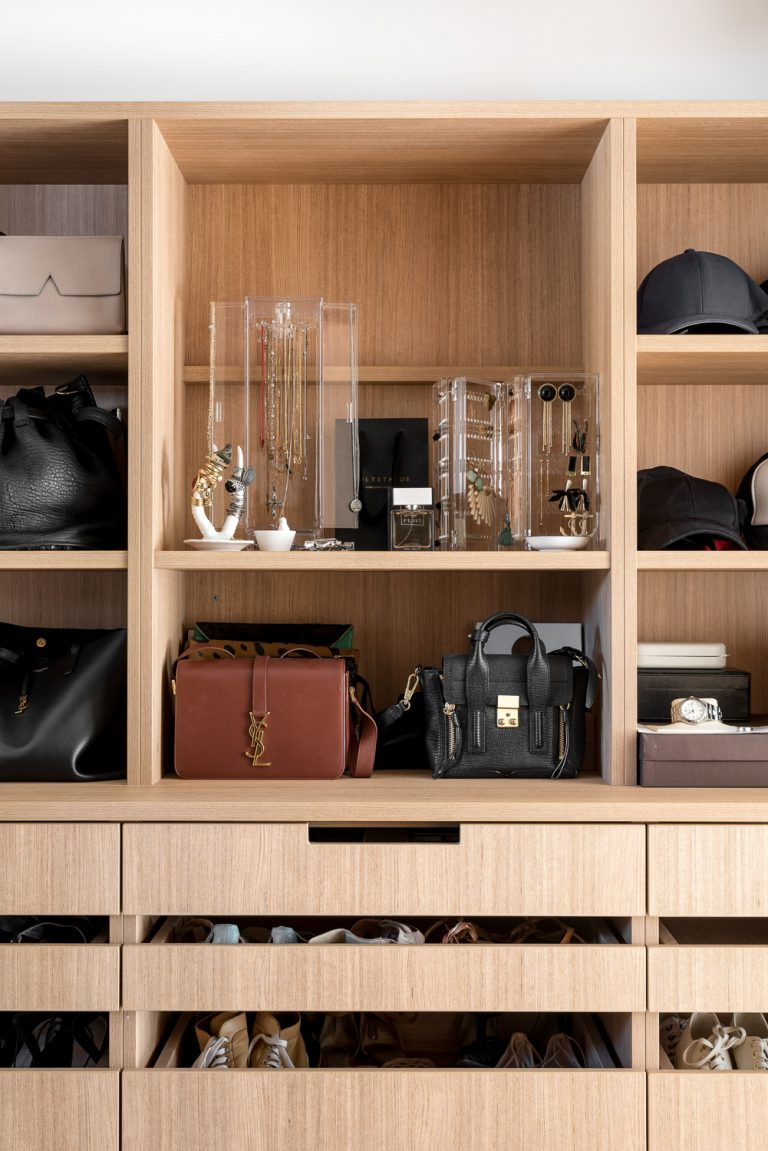 12-wardrobe-Coolbinia-architect-Robeson-Architects-Perth