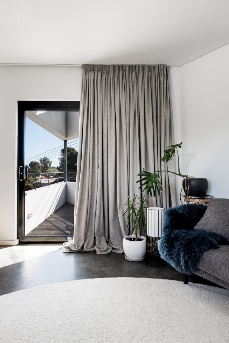 13-Triangle-House-draped-curtains-Mount-Lawley-architect-by-Robeson-Architects