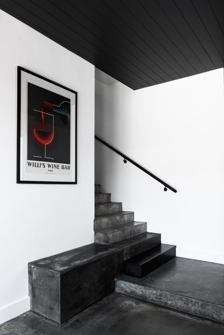 16-staircase-urban-house-western-suburbs-architect-Robeson-Architects