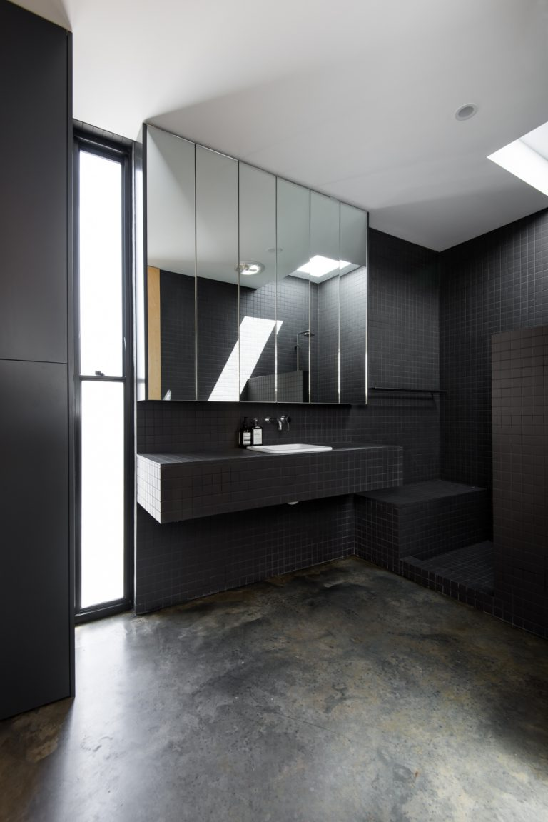18-Triangle-House-concrete-floor-bathroom-Mount-Lawley-architect-by-Robeson-Architects