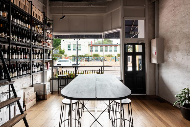 6-table-bottle-shop-King-Somm-Bayswater-Architect-designed-by-Robeson-Architects-Perth