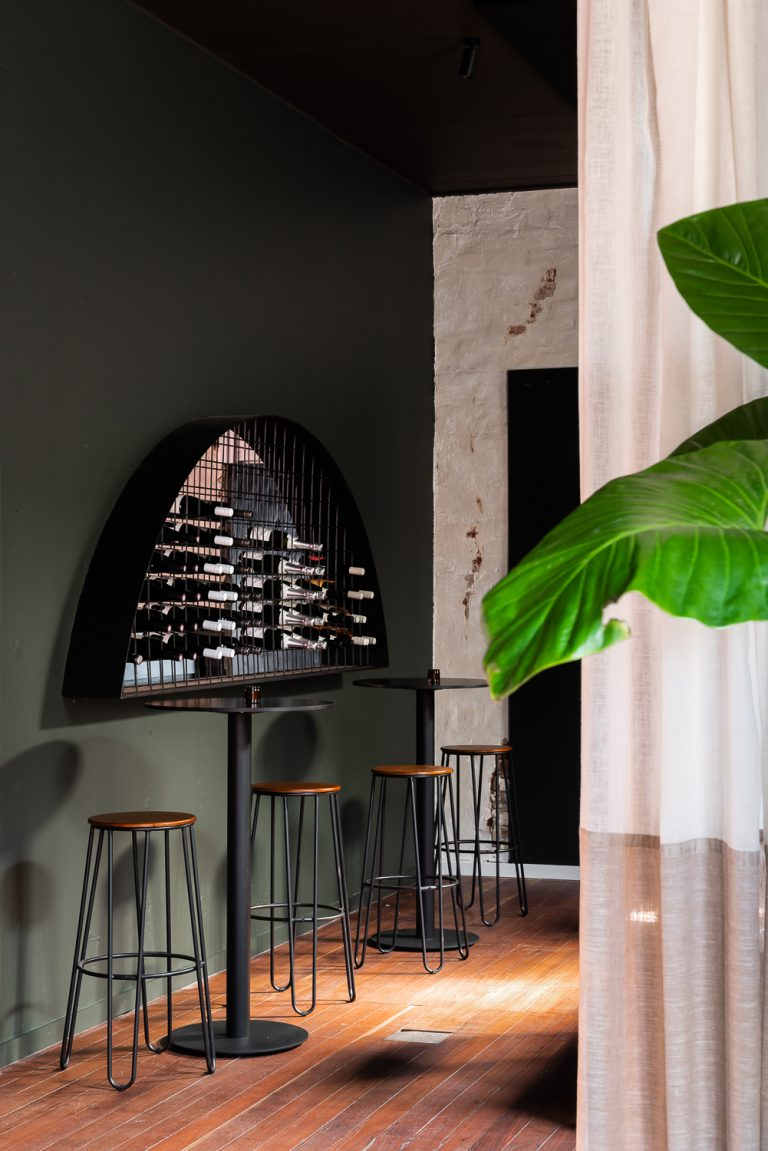 7-bar-dining-King-Somm-Bayswater-Architect-designed-by-Robeson-Architects-Perth