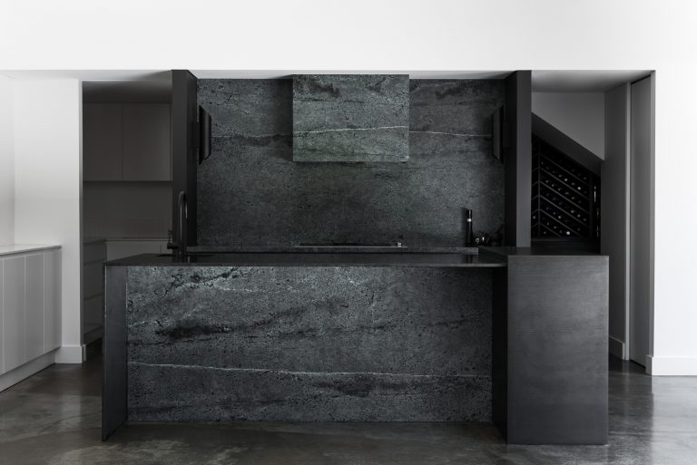 8-celedon-quartz-kitchen-urban-house-western-suburbs-architect-Robeson-Architects