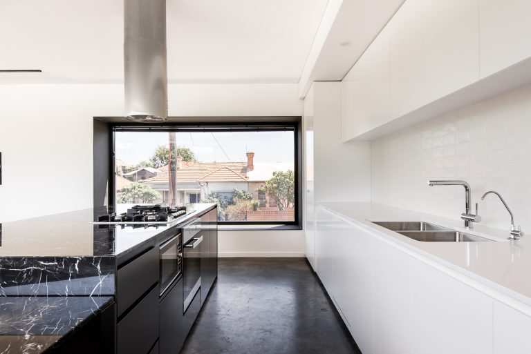 9-Triangle-House-kitchen-window-Mount-Lawley-architect-by-Robeson-Architects