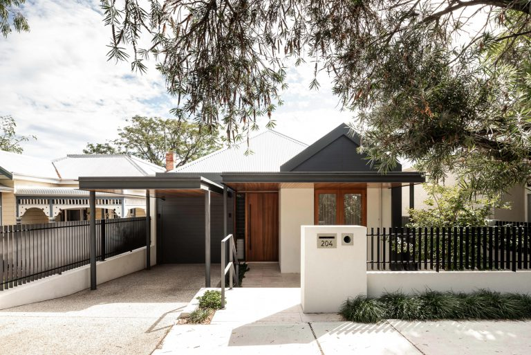 11-front-exterior-Subiaco-architect-Robeson-Architects-Perth