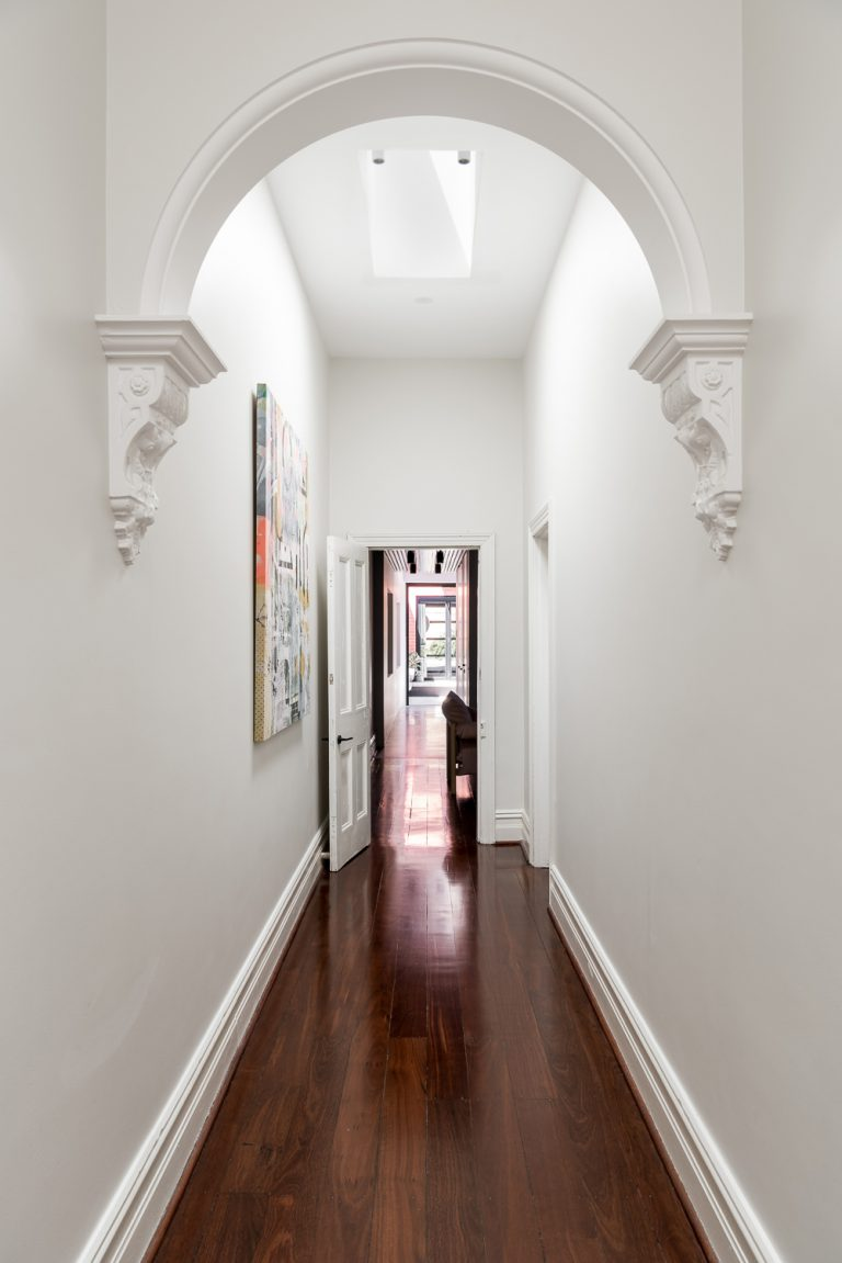 15-hallway-arch-King-George-heritage-renovation-Fremantle-residential-achitecture-by-Robeson-Architects