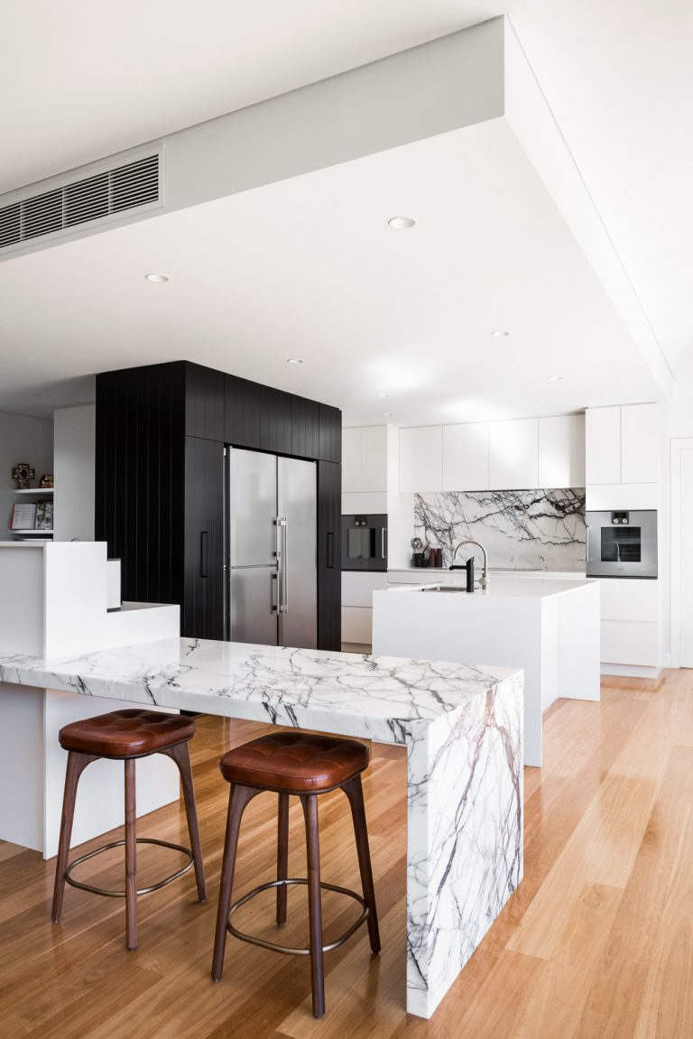 2-Kitchen-counter-Coolbinia-architect-Robeson-Architects-Perth