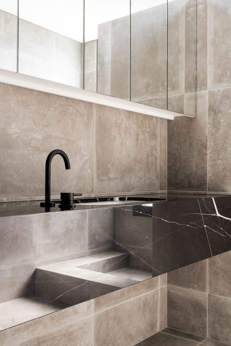 25-sink-detail-King-George-heritage-renovation-Fremantle-residential-achitecture-by-Robeson-Architects