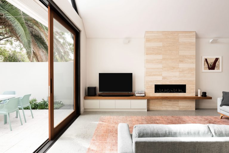 3-living-room-courtyard-house-Subiaco-architect-Robeson-Architects-Perth