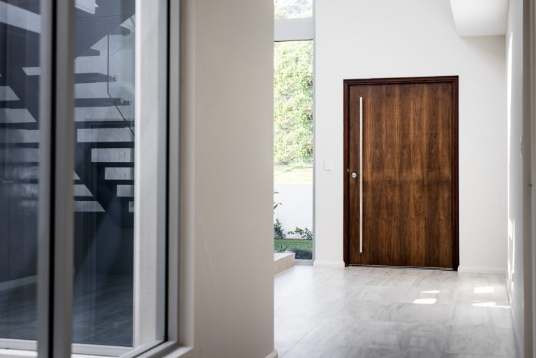 6-front-door-interior-Ardross-architect-Robeson-Architects-Perth