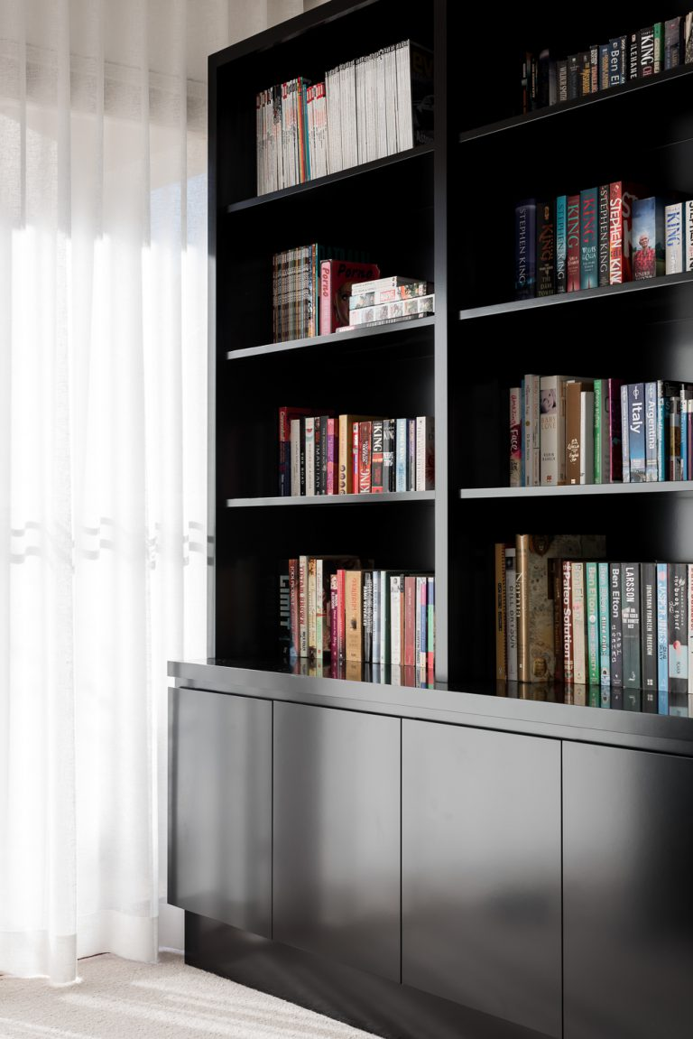 6_bookcase-Coolbinia-architect-Robeson-Architects-Perth