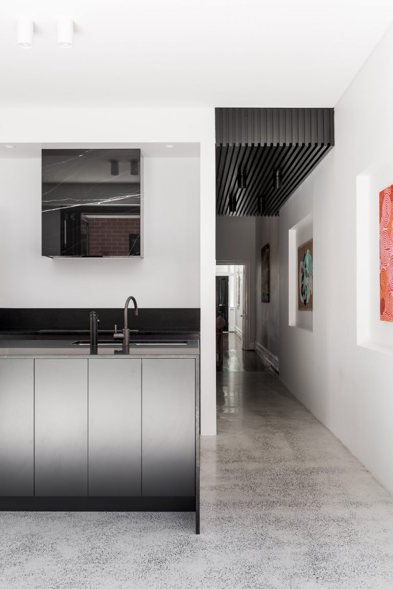9-nero-marquina-marble-kitchen-rangehood-hallway-King-George-heritage-renovation-Fremantle-residential-achitecture-by-Robeson-Architects