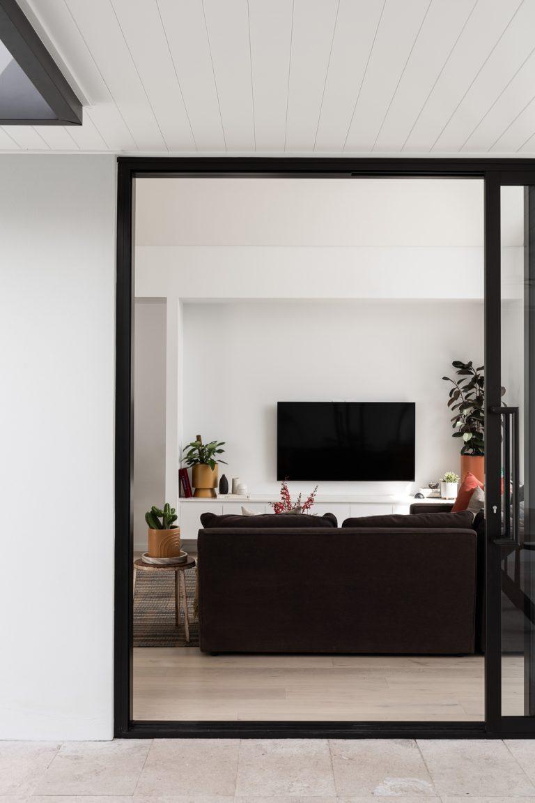 Mount-pleasant-house-exterior-living